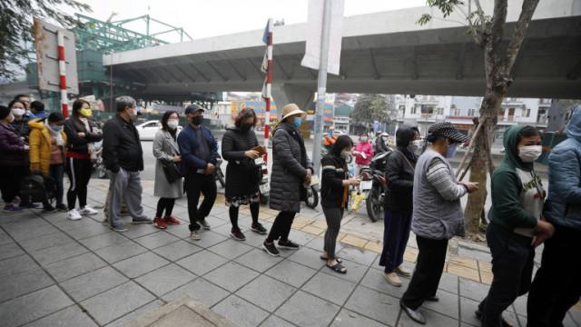 Близо 800 000 души са напуснали виетнамския град Дананг заради COVID-19