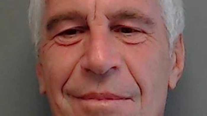 Скандални разкрития по случая Епщайн: Принц Андрю изнудван заради перверзии