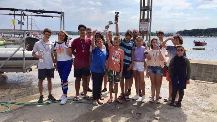 СК Черно море Бриз донесе във Варна 5 златни медала от държавното по ветроходство в Приморско