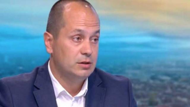 Каменов: Ако има оставка, има опасност да блокира работата на общините