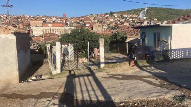 Събарят незаконни къщи в ромския квартал на Стара Загора