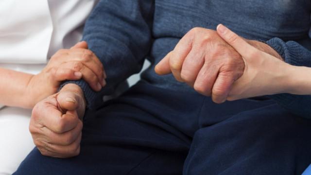 Министерството на труда с COVID мерки за домовете за възрастни хора