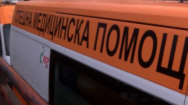 Жена, пометена от кола, почина в село Дебращица