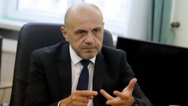 Томислав Дончев: Ще влезем в зловеща комбинация от кризи