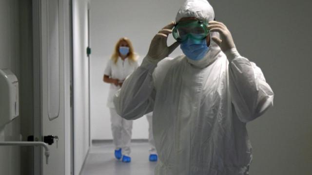 Нов щам или втора вълна: Сърбия се бори със скок на заразени с COVID-19