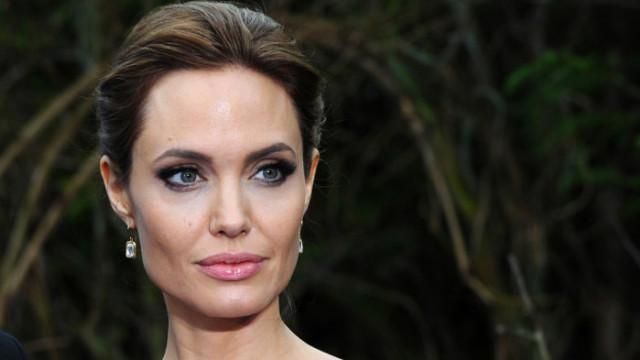 Анджелина Джоли, Брад Пит и как актрисата иска да ги сдобри с Мадокс