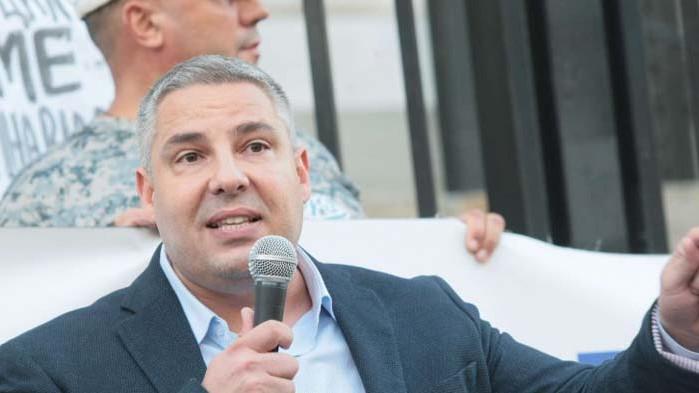 Методи Лалов в тесни връзки с арестуваната за късане на полицейски пагони?