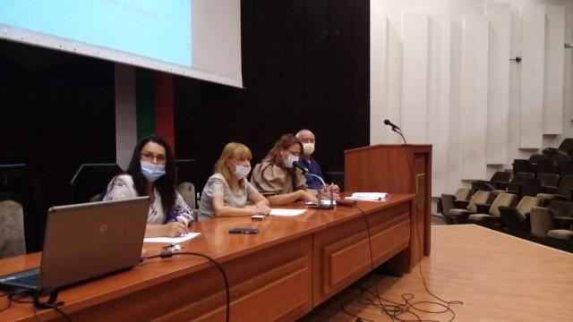 """Директорът на РЗИ-Варна запозна съветниците от  ПК""""Здравеопазване"""" с епидемологичната обстановка"""