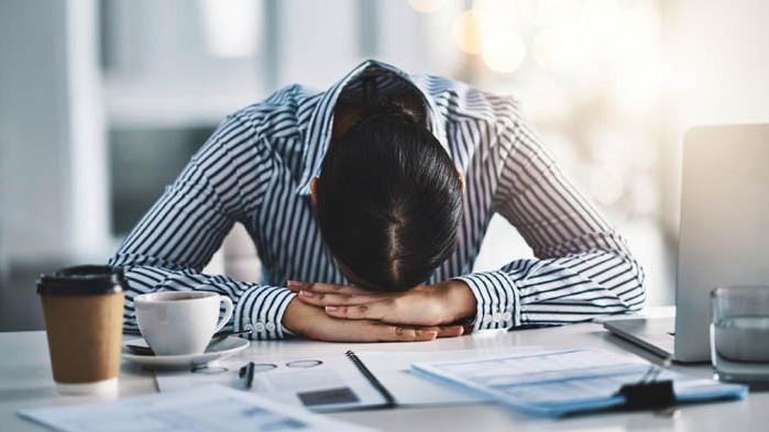 Спад на обявите за работа с близо 40 на сто