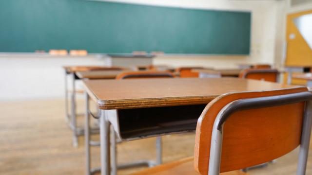 При случай на COVID-19 в училище ще се изолира само класът