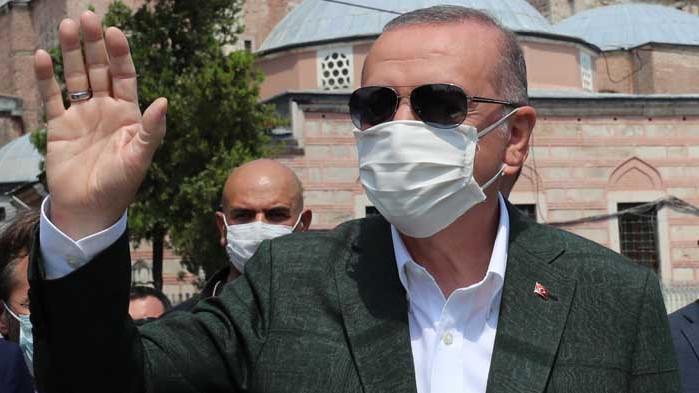 """""""Истанбулски"""" ядове в семейство Ердоган"""