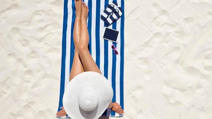 Има ли етикет за поведение на нудистки плаж?