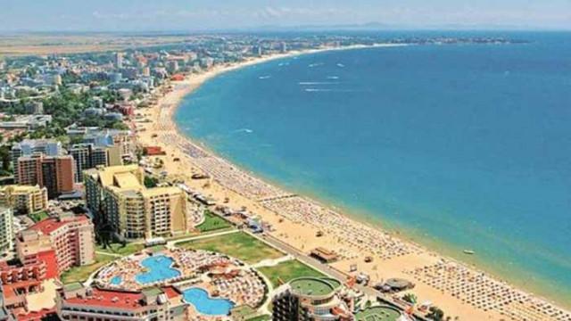 Летният туристически сезон в Слънчев бряг е към своя край