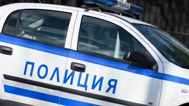 Във Варна шофьор блъсна майка с 6-годишно дете и избяга