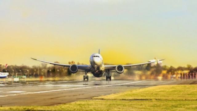 Израел възобновява полетите до България