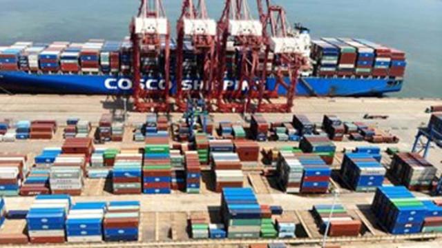 Правителството в Китай представи мерки за стабилизиране на външната търговия и инвестиции