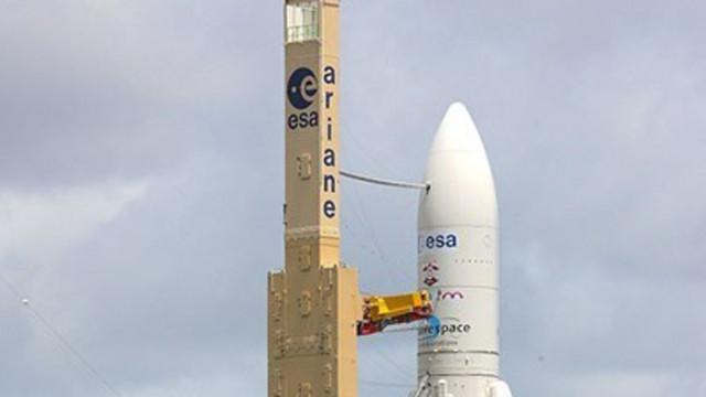 """Изстреляха успешно ракетата """"Ариана 5"""" от космодрума Куру"""