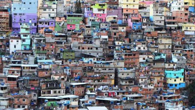 Пандемията обезцени драстично валутите на развиващите се икономики