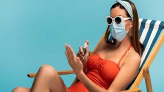 На Халкидики с маски и на плажа